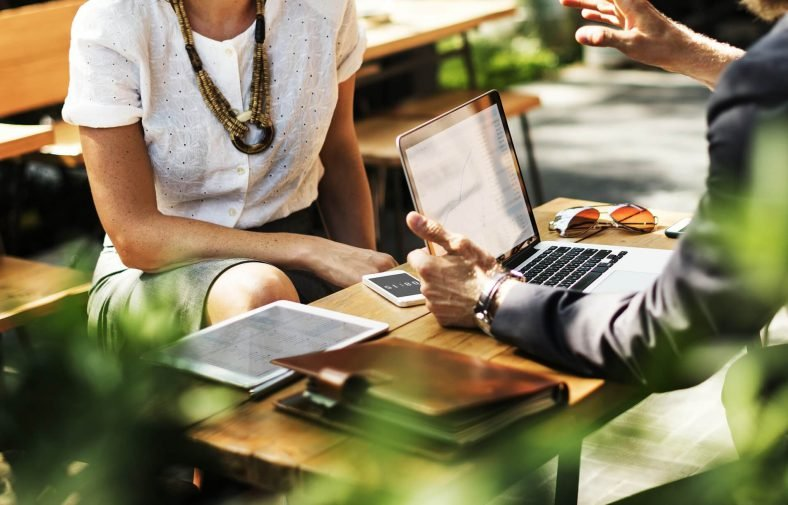 6 signs that you're a good networker